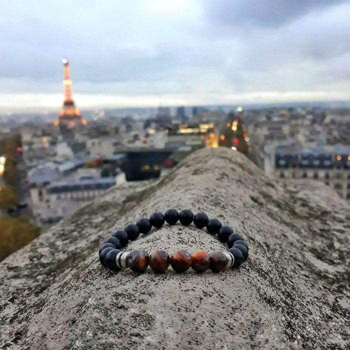 bracelet with onyx beads, yellow tiger eye and metallic elements