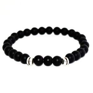 bracelet with onyx beads and metallic elements