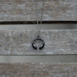 THE DJ'S CHAIN NECKLACE