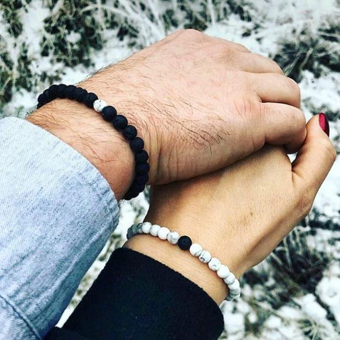 COUPLE BRACELETS - LAVA